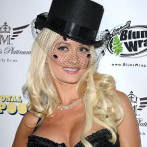Holly Madison Gets Ferret Finger Tribute