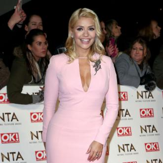 Holly Willoughby quits Truly