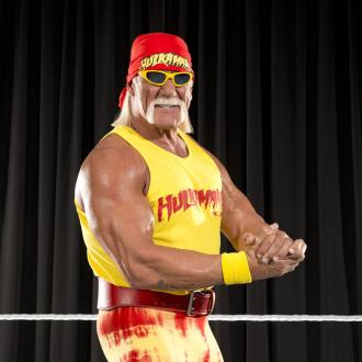 Hulk Hogan Surprises Neighbours By Walking Tiny Chihuahuas