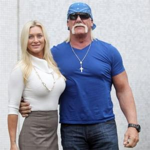 Hulk Hogan Wants To Grapple With Stonehenge