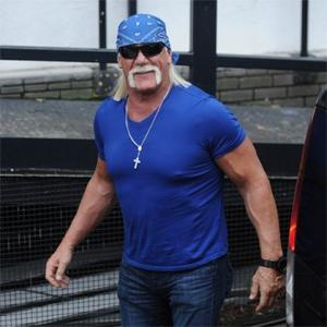 Hulk Hogan Has Battery Powered Back