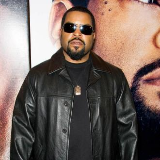 Ice Cube Is A Sore Loser