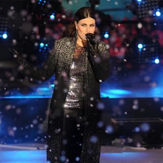Idina Menzel To Sing National Anthem At Super Bowl