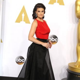 Idina Menzel gets Oscars revenge on John Travolta