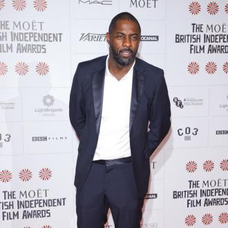 Idris Elba Finds Feet Sexy