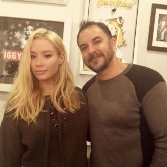 Iggy Azalea pays tribute to plastic surgeon on his birthday