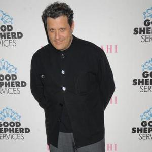 Isaac Mizrahi To Launch Fabulous Perfume