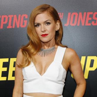 Isla Fisher Doesn't Have A Social Life