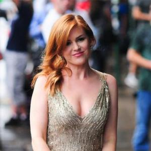 Isla Fisher 'Bummed' About Bachelorette Jokes
