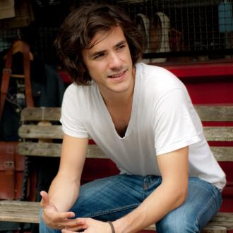 Jack Savoretti unveils new LP Songs From Different Times
