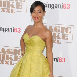 Jada Pinkett Smith Treating Hair Loss With Steroids