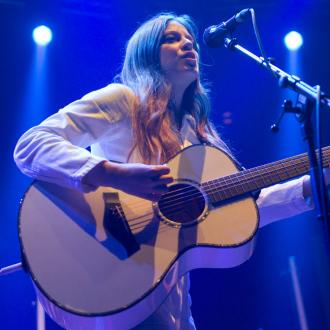 Jade Bird 'power-dresses' on stage