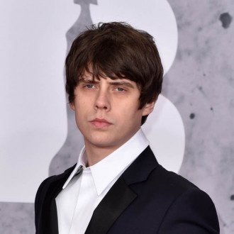 Jake Bugg pens music for Ronaldinho documentary