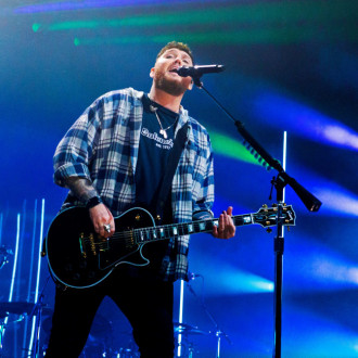 James Arthur inks record deal with Columbia Records