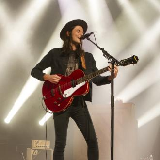 James Bay gets his own 1966 Epiphone Century guitar
