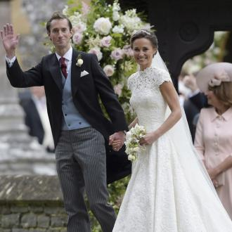 Pippa Middleton Jets Off On Honeymoon