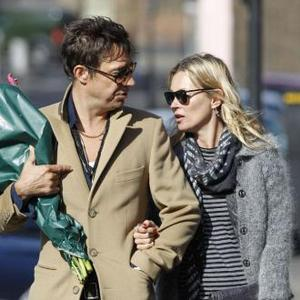Kate Moss And Jamie Hince 'To Renew Vows'