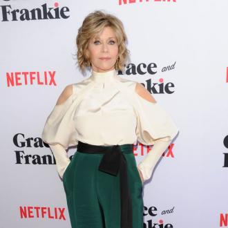 Jane Fonda to model in L'Oreal Paris fashion and beauty show