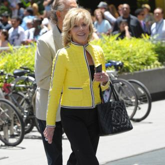 Jane Fonda: Society Gives Girls 'Conflicting Messages'