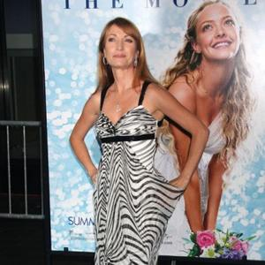 Jane Seymour Wants To Cover Royal Wedding