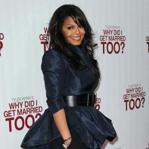 Janet Jackson Slaps Michael's Daughter Paris?