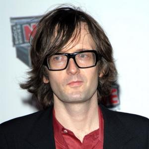 Jarvis Cocker Joins The Strokes Onstage