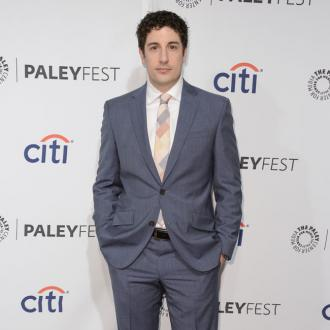 Jason Biggs Feeds Baby Son Luxury Meals