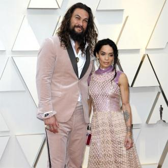 Jason Momoa goes pink for Oscars
