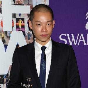 Jason Wu's Feminine Scent