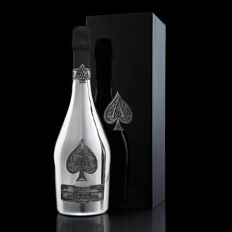 Jay Z to supply $850 champagne bottles for V Festival guests