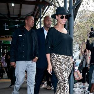 Beyonce And Jay-z Show Up To Local Eatery