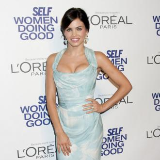 Jenna Dewan 'Stabbed' Herself For Prom Party