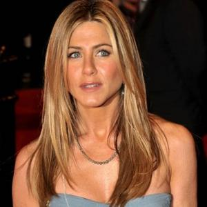 Jennifer Aniston Adopts Pooch