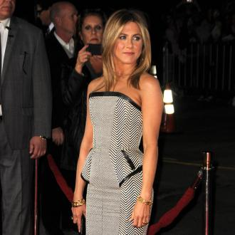 Jennifer Aniston's 'Pubic' Hairpiece