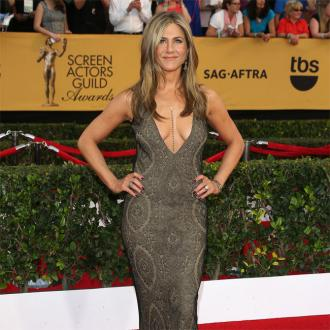 Jennifer Aniston Wows At Sag Awards