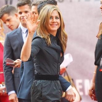 Jennifer Aniston 'Lovey Dovey' With Justin Theroux