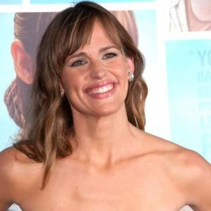 Jennifer Garner Gets Chemistry Role?