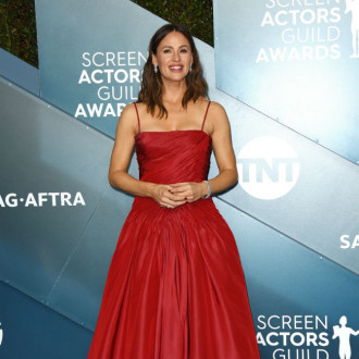 Jennifer Garner: Sunscreen is non-negotiable