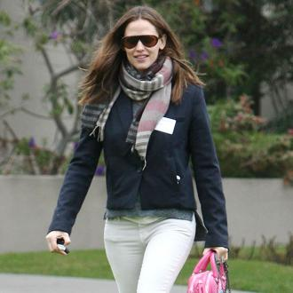 Jennifer Garner Holidays With Ben Affleck