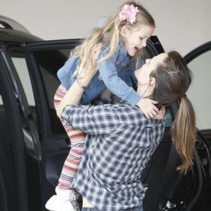 Jennifer Garner Mothers Her Way