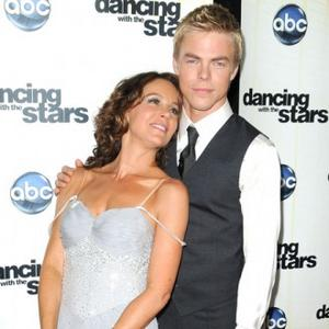 Jennifer Grey Wins Dancing With The Stars