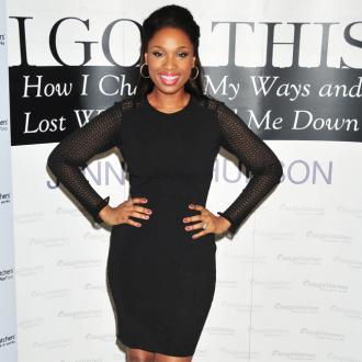 Jennifer Hudson forgets she's thin now