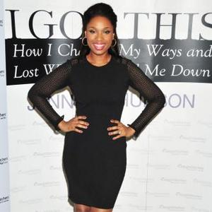 Jennifer Hudson 'Relaxed' At Theme Park