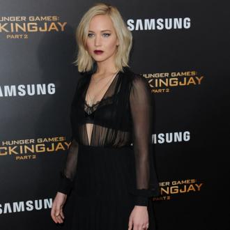 Jennifer Lawrence 'Works Obsessively'