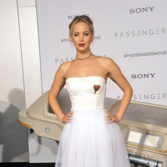 Jennifer Lawrence joins school political debate