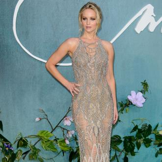 Jennifer Lawrence restrains 'intruder'