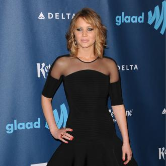 Jennifer Lawrence Honours Bill Clinton At Glaad Awards