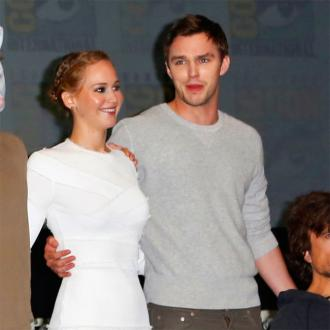 Jennifer Lawrence Ignores Her Boyfriend