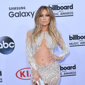 Jennifer Lopez re-lists Hollywood Hills home