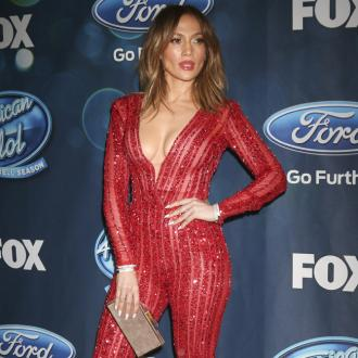 Jennifer Lopez Extends Las Vegas Residency